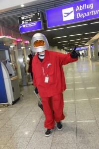 Alterssimulationsanzug AgeExplorer Flughafen